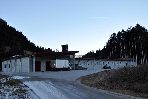 <strong>Betriebsgebäude Bergland-Ei Annaberg-Lungötz<span><b>in</b>gewerblich </span></strong><i>&rarr;</i>