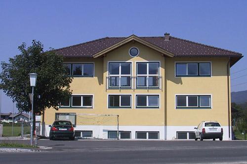 <strong>Sportheim Oberalm<span><b>in</b>öffentlich </span></strong><i>&rarr;</i>