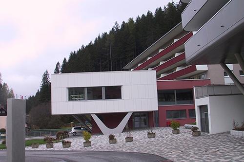 <strong>Gemeindeamt und Seniorenheim Bad Gastein<span><b>in</b>öffentlich </span></strong><i>→</i>