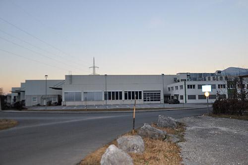 <strong>Büro & Werkhalle GMT Wintersteller Kuchl<span><b>in</b>gewerblich </span></strong><i>→</i>