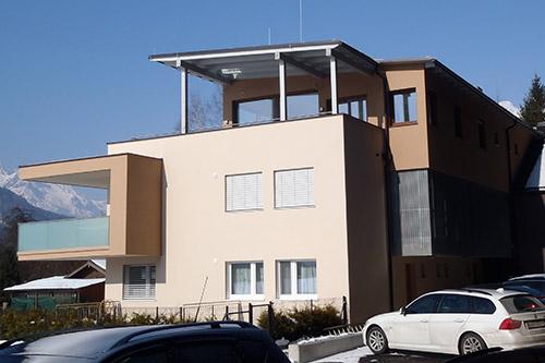 <strong>Wohnhaus Bischofshofen<span><b>in</b>Wohnbau </span></strong><i>→</i>
