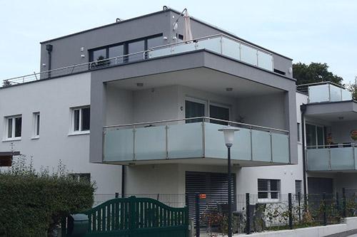 <strong>Wohnhaus Salzburg Sam<span><b>in</b>Wohnbau </span></strong><i>→</i>