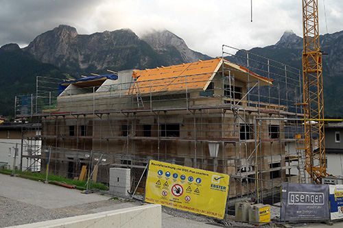 <strong>Wohnhaus Abtenau<span><b>in</b>Wohnbau </span></strong><i>→</i>